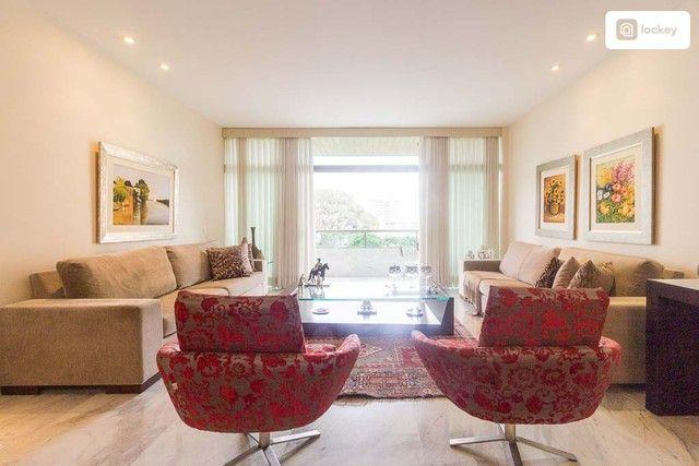 Apartamento com 217m² e 3 quartos - Foto 2