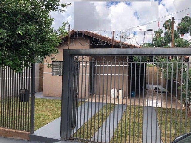 Linda Casa Condomínio Rita Vieira são 2 Suítes + 1 Quarto - Foto 2
