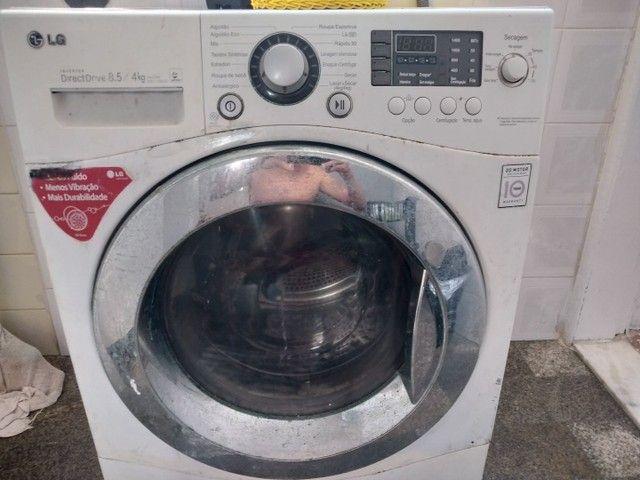 Máquina de lavar LG lava e seca 8,5/4kg