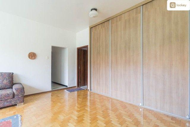 Casa com 868m² e 7 quartos - Foto 9
