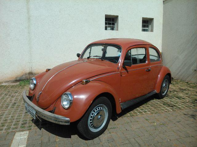 VOLKSWAGEN FUSCA</H3><P CLASS= TEXT DETAIL-SPECIFIC MT5PX > 3.000 KM | CÂMBIO: MANUAL | GASOLINA</P>