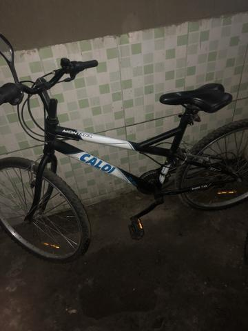 83d27ba2d Bicicleta Caloi Montana Mountain Bike - Aro 26 - 21 Marchas Freio V-Brake