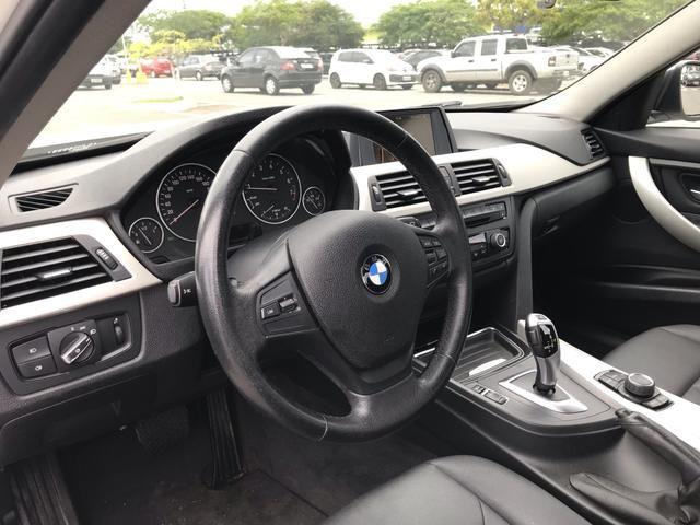 BMW 320i - Foto 5