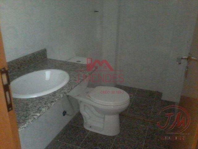Locação de apartamento de 2 dormitórios sendo 2 suítes, varanda Gourmet c/ vista ... - Foto 16