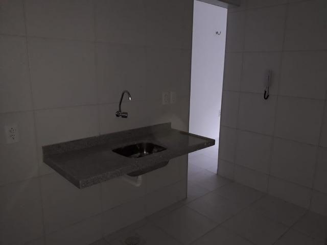 Aptos na R: Hugo Victor n°431, Antonio Bezerra, 2 quartos, sala, cozinha, e 1 banheiro - Foto 3