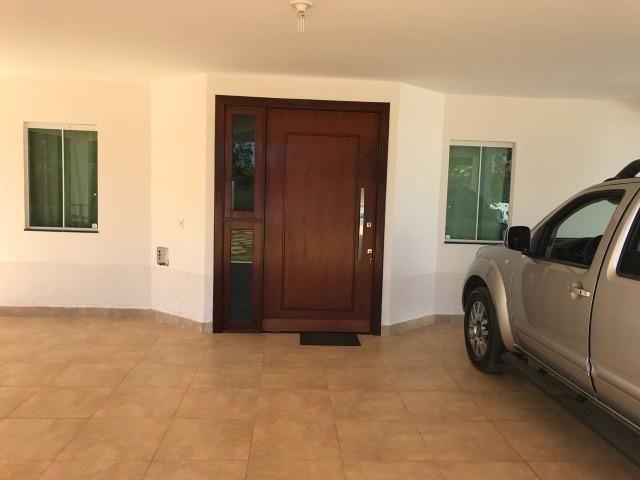 Casa Rua 6 Lote 900 metros 03 Quartos,02 Suites Proximo Escola