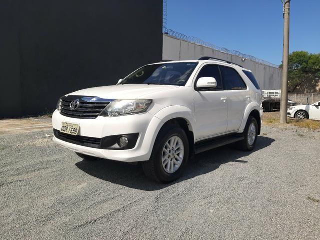 Toyota Hilux SW4 2.7 Flex 2012/2013 único dono automática