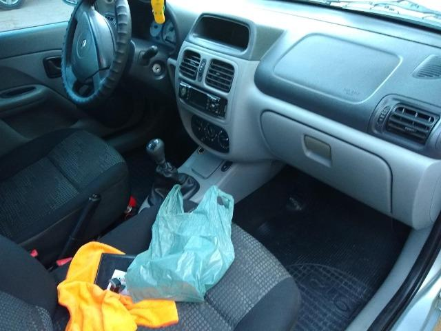 Renault Clio sedan 1.6 completo - Foto 4