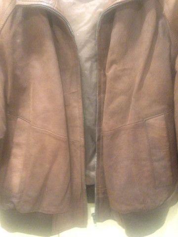 Jaqueta de camurça marrom - Foto 3