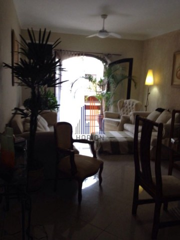 APARTAMENTO NO GUARUJÁ