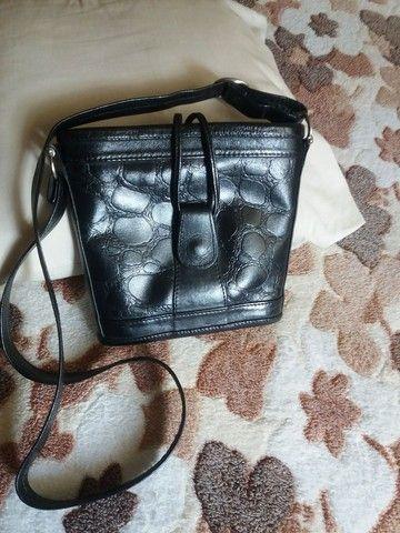 Bolsas em couro legítimo , bem conservadas  - Foto 5
