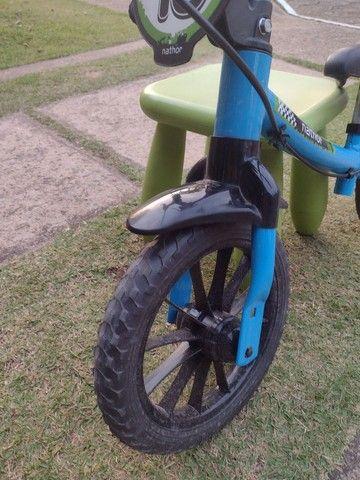 Vendo bicicleta sem pedal para criança pequena - Foto 3