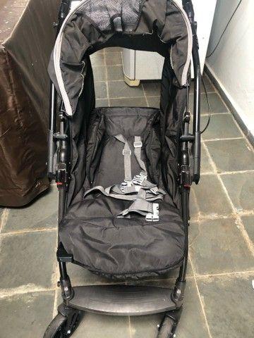 Carrinho Burigotto Primus com bebê conforto e base de carro - Foto 3