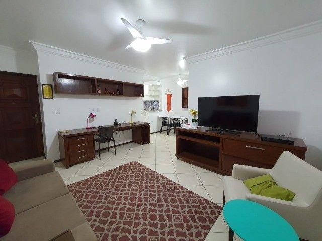 Apartamento de 03 quartos, sendo 01 suíte na Brás. Cod: 4803.