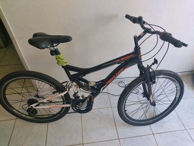 Bike aro 26 houston novíssima.  - Foto 4