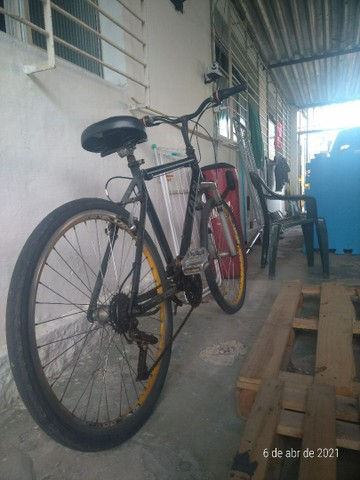 Bicicleta Caloi Aro 26 em bom estado. - Foto 3