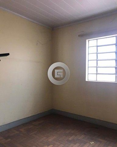 ALUGA-SE CASA PARA FINS COMERCIAIS, NA RUA CAMILO PRATES, LOCALIZAÇÃO PRIVILEGIADA, COMPOS - Foto 5
