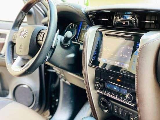 Ágio: Hilux SW4 2.8 SRX 4x4 7 Lugar 16v Turbo Diesel AT - Entr. R$ 97.699 + Parc. R$ 3.749 - Foto 15