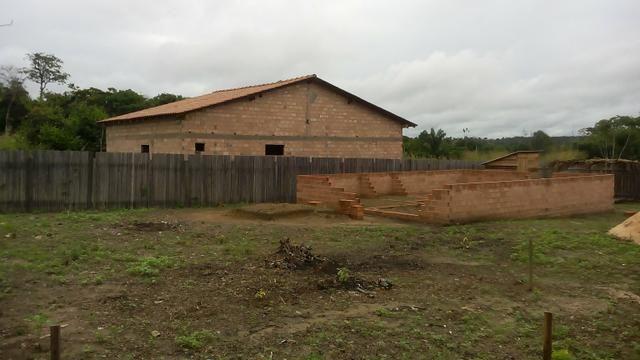 Vende-se um terreno em mojui dos campos