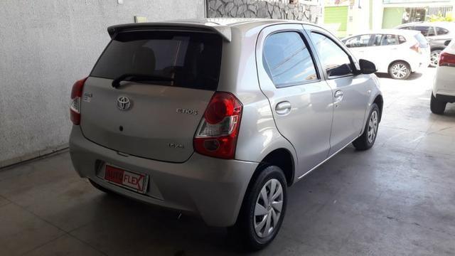 Toyota Etios XS At 1.5 2017 - Foto 5