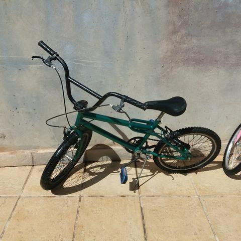 Vendo ou troco por bike de aro 26