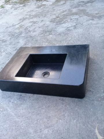 Pia de mármore medindo 59 por 40 .valor 300 reais - Foto 2