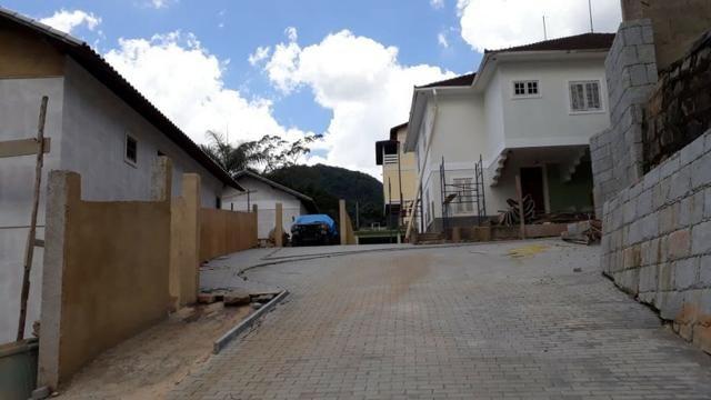 Casa em condomínio com 3 quartos -local tranquilo- Próximo ao Centro-Petrópolis - Foto 4