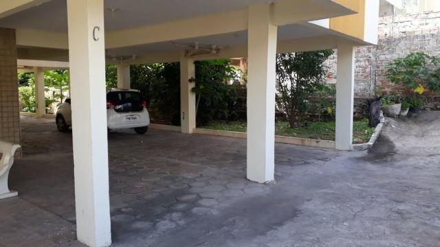 Vende-se Apartamento Parque Residencial Vinhais no bairro Cohafuma, - Foto 13