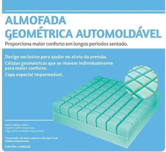 Almofada Geométrica Automoldável