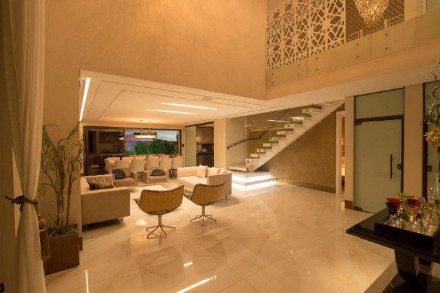 Casa luxuosa a venda no Bosque das Orquídes - Mobiliada - 04 suítes - 600m² - Foto 2