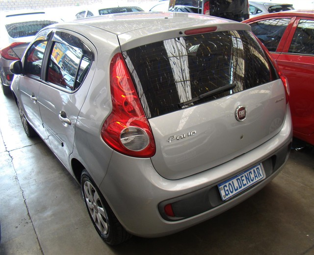 Fiat Palio  Attractive 1.0 8V (Flex) FLEX MANUAL - Foto 2