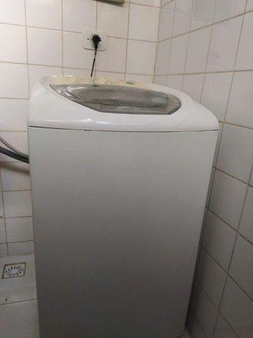 Vendo Mesa de Escritório, Freezer e Máquina de lavar roupas - Foto 5
