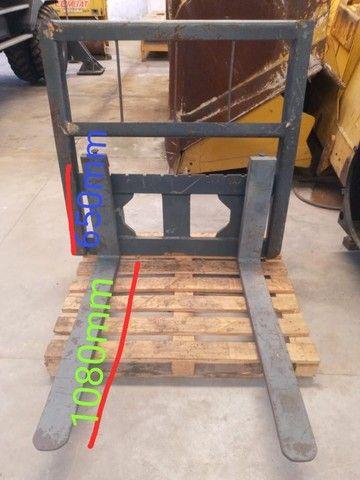 Garfo para adaptação  Pá Carregadeira para Empilhadeira - Foto 2