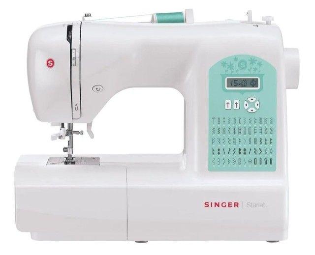 Máquina de costura Singer Starlet 6660  branca e verde 110V