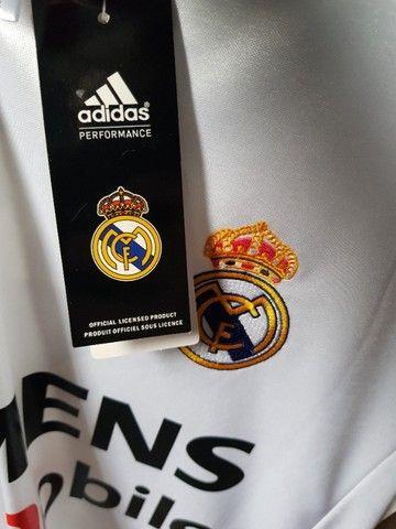Camisa Retrô Real Madrid 2004-05 Home - Foto 5