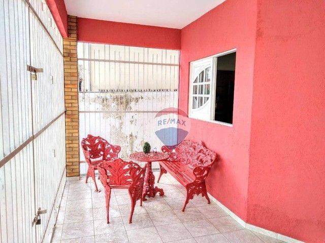 Casa no Catolé, com 340m², 5 quartos, sendo 3 suítes e 4 salas. - Foto 6