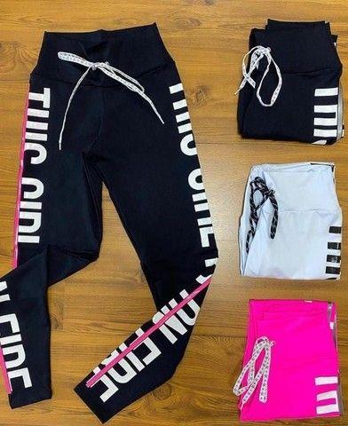 Conjunto Fitness Meryl Cropped + Legging Estampada  - Foto 3