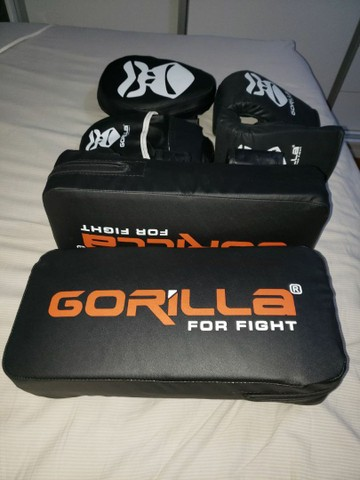 Equipamentos de luta - Foto 2