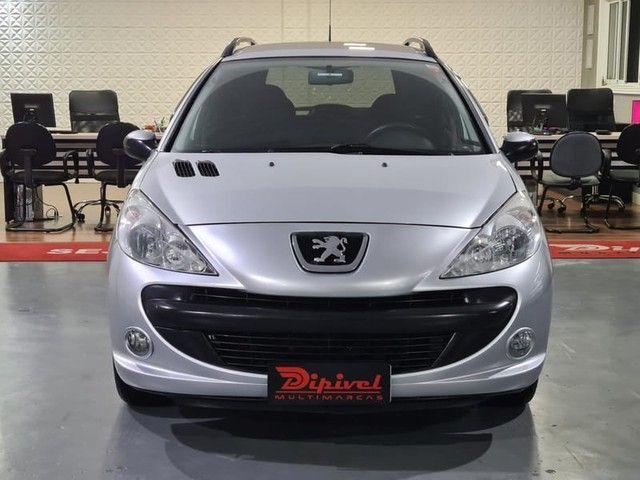 """Peugeot 207 SW XR Sport 1.4 8V FLEX 4P 2010 """"Periciado"""" - Foto 2"""