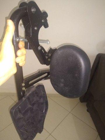Cadeira de rodas grande  - Foto 3