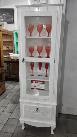 Cristaleira Decorativa 1 Porta Pés Luis XV em Madeira - Foto 2
