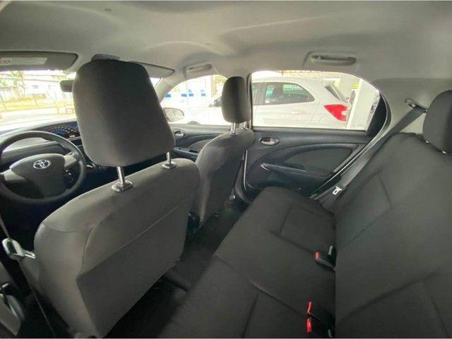 Toyota Etios HB X  - Foto 8