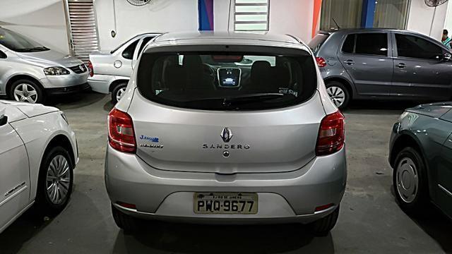 Renault Sandero Authentique - Com Gnv - Foto 5