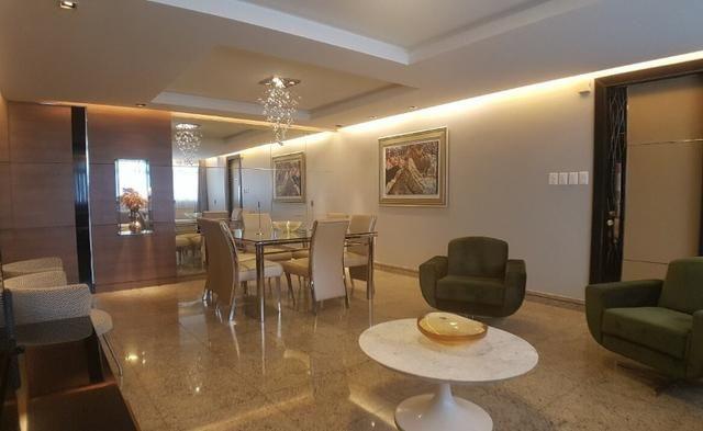 (EXR) Repasse - Apartamento à venda no Cocó -> 140m², 3 suítes, 2 vagas [TR29405]