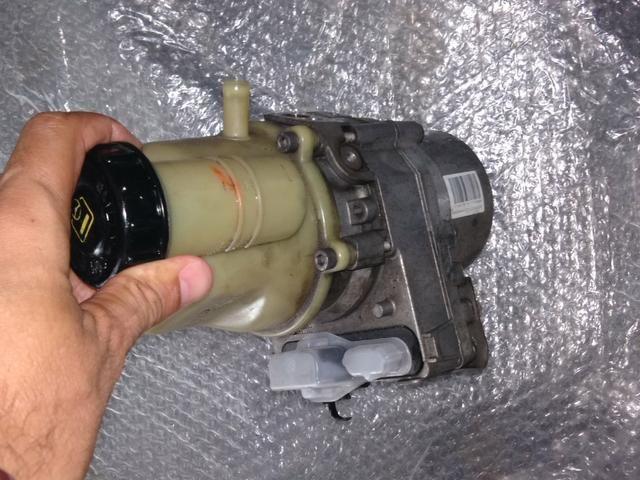 Bomba direção elétrica Renault - Foto 3