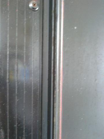 Geladeira vitrine vertical grande para consertar Leia - Foto 4