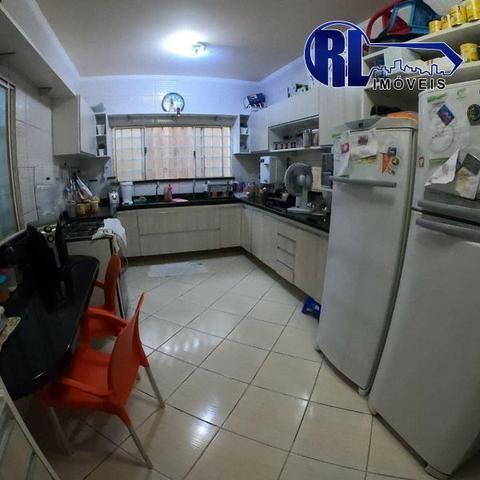 Vende 01 excelente Residência na Rua Edmur Oliva nº43, Bairro: 31 de Março - Foto 11