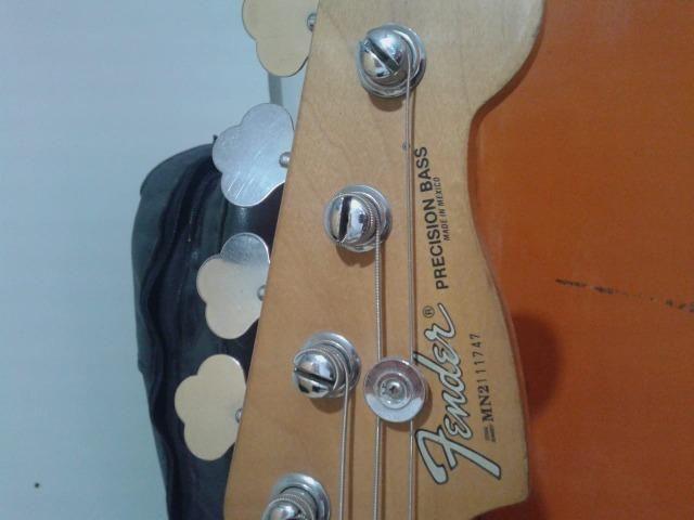 Contrabaixo Fender Precision mexicano - Foto 4