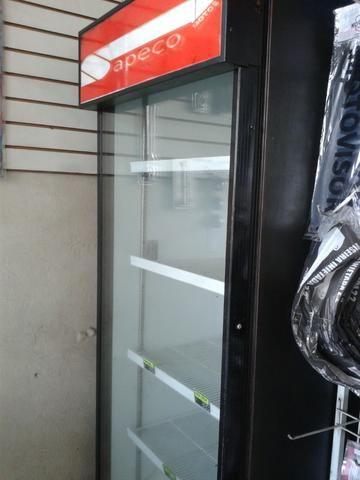 Geladeira vitrine vertical grande para consertar Leia - Foto 2
