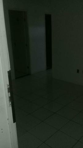 Vendo casa na Boca do Rio - Foto 4